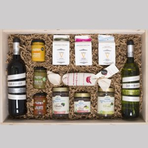 gift box-2 wines-3 honey-3 spreads-2 olives-olive paste-tea