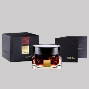 theta-honey-edible-rose-petals